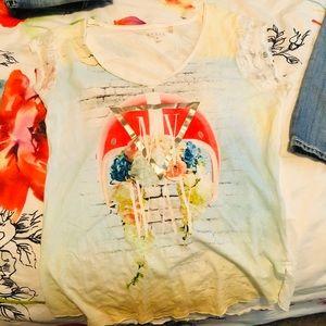 Womens Guess t-shirt